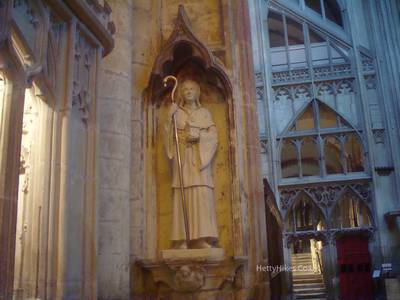 The statue of St. Kyneburgha inside Gloucester Cathedral