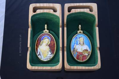The chorister medals in their presentation boxes