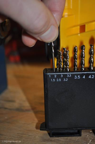 Hole size for screws 1